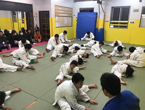 小学生クラス練習風景